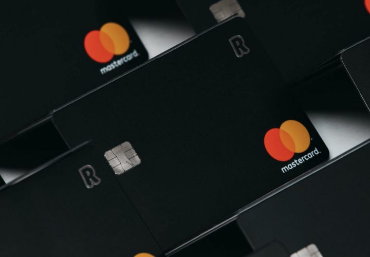 Revolut raises $500M, 5.5B Valuation